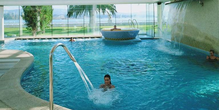 Gran hotel balneario la toja balnearios galicia for Hotel luxury la toja